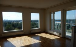 Uusi asunto odottaa asukkaita Lipporannassa mahtavalla merinäköalalla